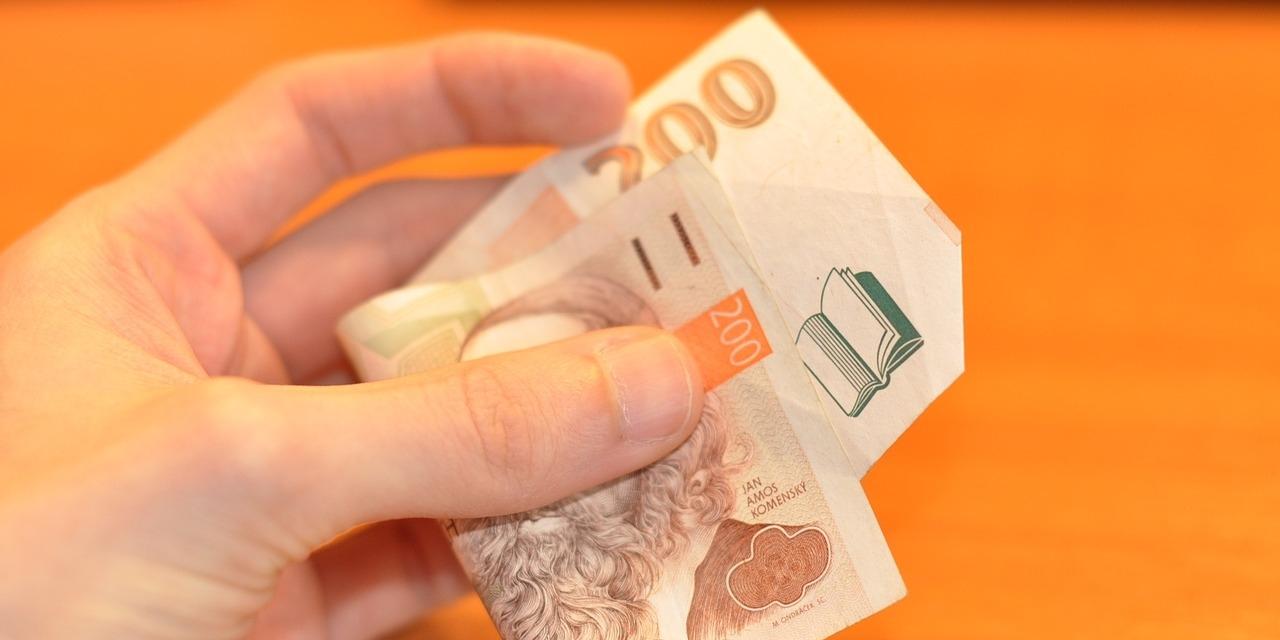 Hotovost nebo bankovní převod?