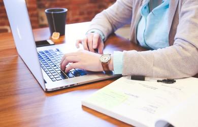 Výdělky přes internet či z domu