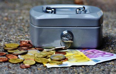 Vyberte si ten nejlepší úvěr, posuzujte hlavně podle RPSN a úroků